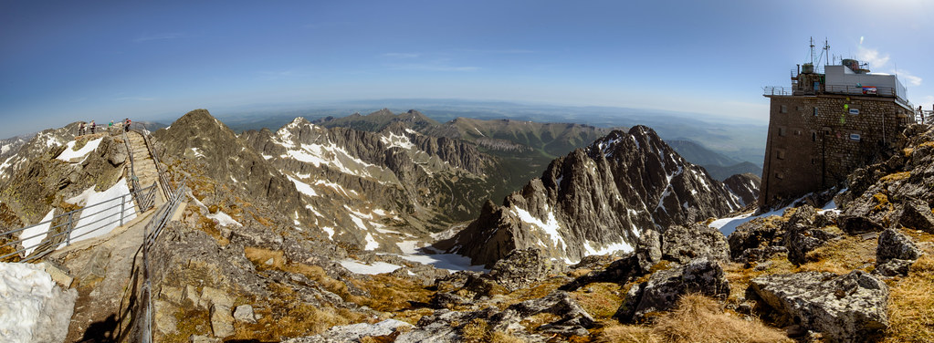 panoramic view from Lomnický štít (Lomnický peak) summit