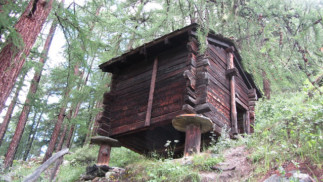 Old hut enroute