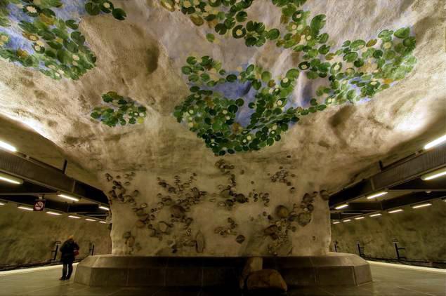 Interior de las estaciones del metro de estocolmo metro de estocolmo - 14647836740 485e0f6f08 o - Arte en el metro de Estocolmo