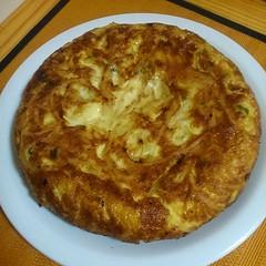 Recien Hecha!  Tortilla de la previa del Sábado. (si, yo la hice)  #igers #igersbsas #food #foodporn #tortilla #cocinaespañola #unyka #unykacocina #unykaphoto #instafood