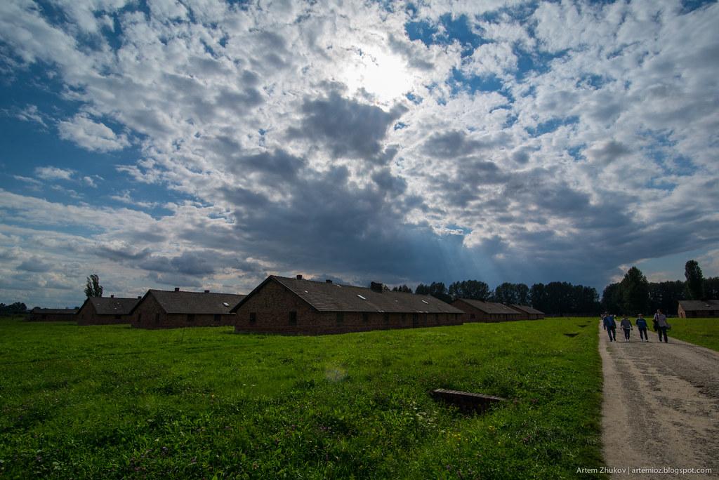 Auschwitz II–Birkenau-14.jpg