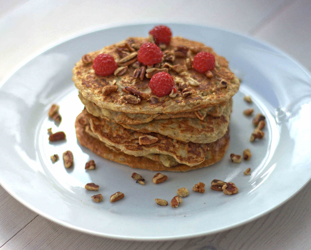 Recipe for Homemade Healthy Pancakes with Oats and Apples (5)3