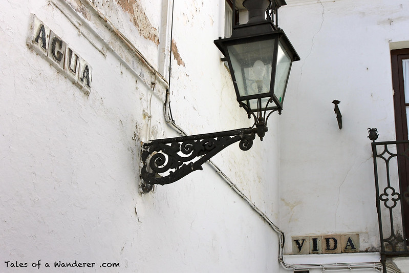SEVILLA - Callejón del Agua / Calle Vida