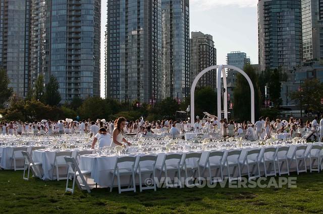 2014 Diner en Blanc Vancouver-2