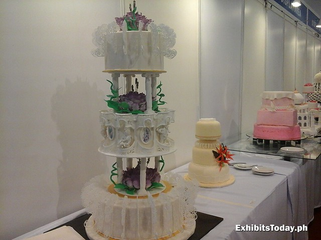 Display Cakes (right side)
