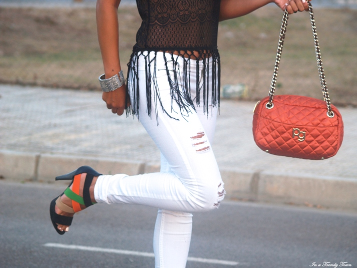 OUTFIT FRINGED TOP