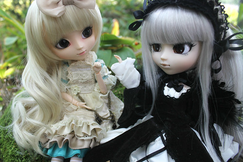 Lucia (romantic alice) & Suigintou