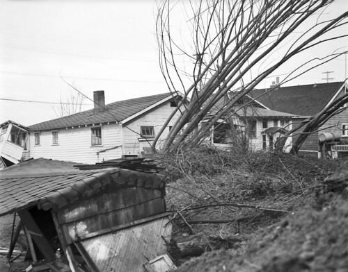 Landslide on Alki, 1949