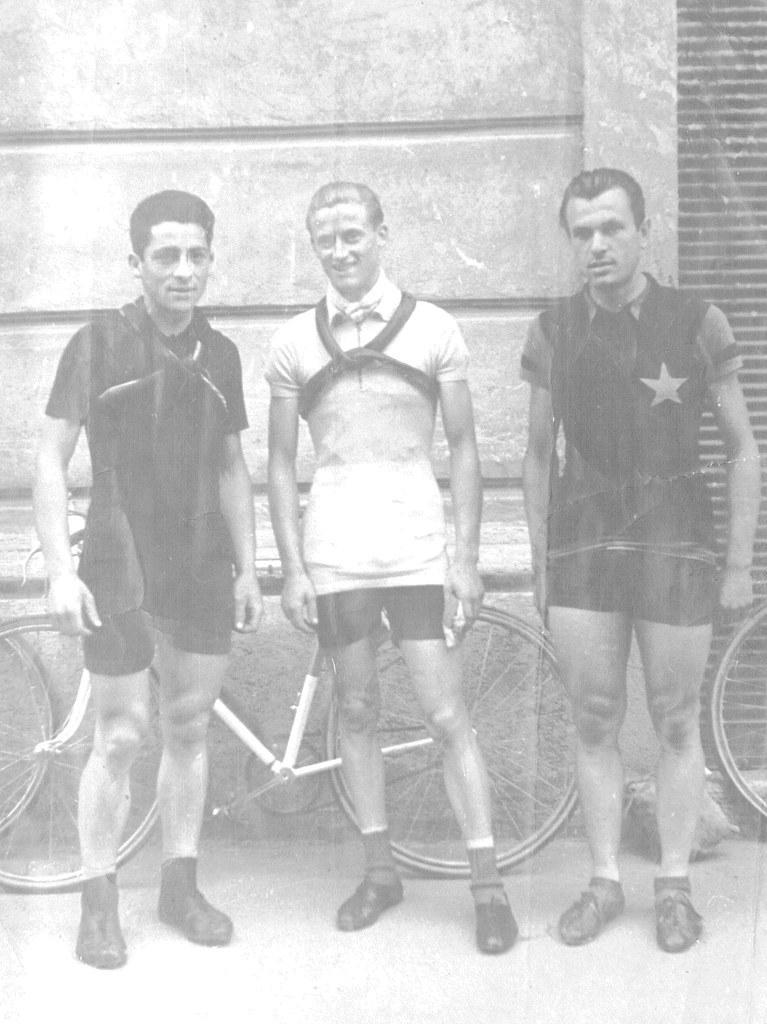 Foto scattata a Bassano del Grappa (Coppa Meneghetti 1944) da Lauro Bordin di Milano da sx: Selvatico Selvino (vincitore), Moratto Adriano (terzo) e Mario Zamprogna (secondo).