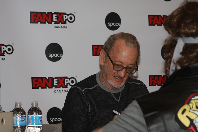 Header of Robert Englund