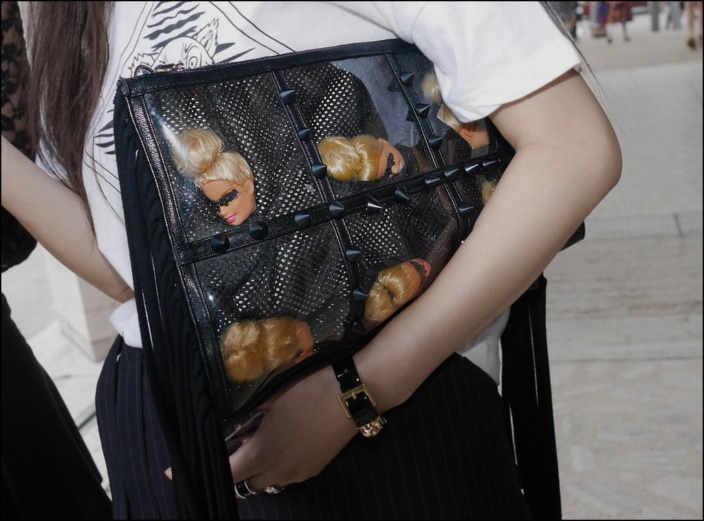 FW9-14  10w black studded Barbie head bag