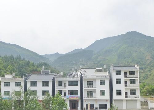 Jiangxi-Tunxi-Wuyuan-bus (26)