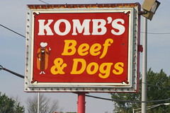 Komb's Beef & Dogs Sign