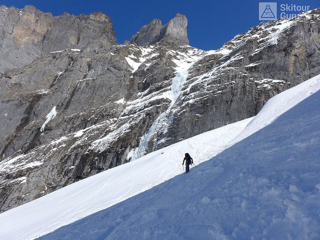 Haute Route Swiss Glacier, Downhill Rosenlauigletscher, Berner Alpen:http://skitourguru.com/oblast/12-berner-alpen-alpes-bernoise, Switzerland.