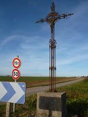 P1090824 - Photo of Lachaussée-du-Bois-d'Écu