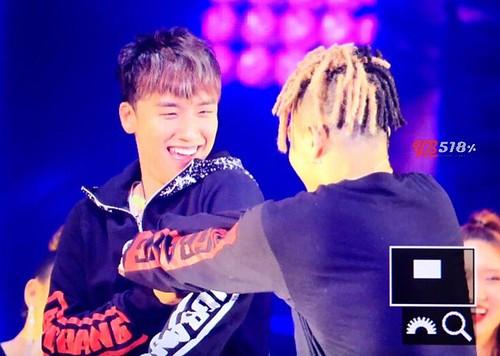 BIGBANG Fukuoka Day 1 ENCORES 2016-12-09 (104)