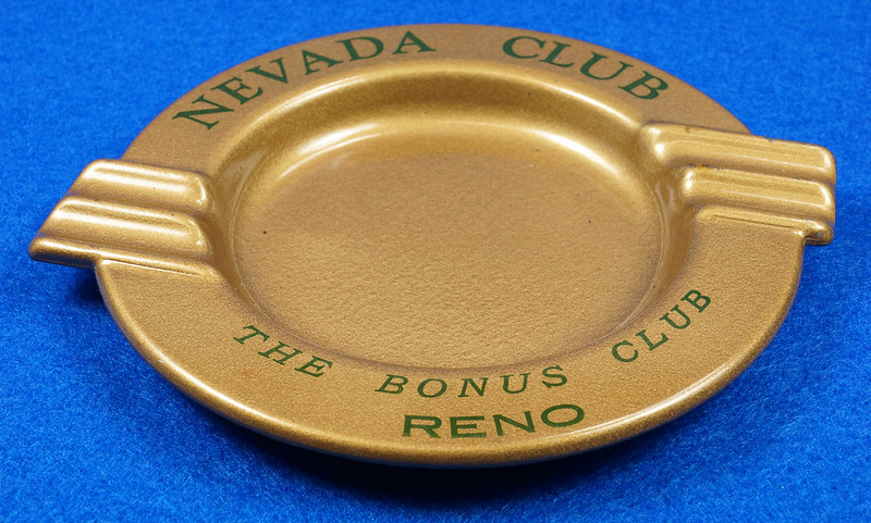 RD15055 Vintage Ashtray NEVADA CLUB - THE BONUS CLUB - RENO Copper Tone Metal Art Deco DSC06813