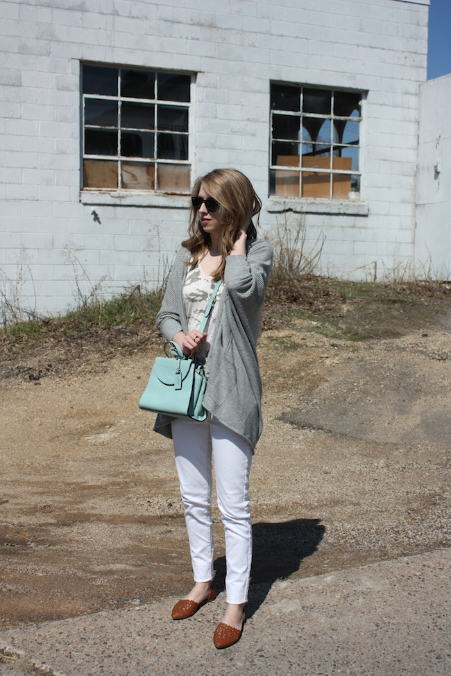 chelsea+lane+truelane+zipped+blog+minneapolis+fashion+style+blogger+lee+and+birch+levis+justfab+d'orsay+flats+kate+spade+saturday+mini+a+satchel+lily+and+violet+sweater2