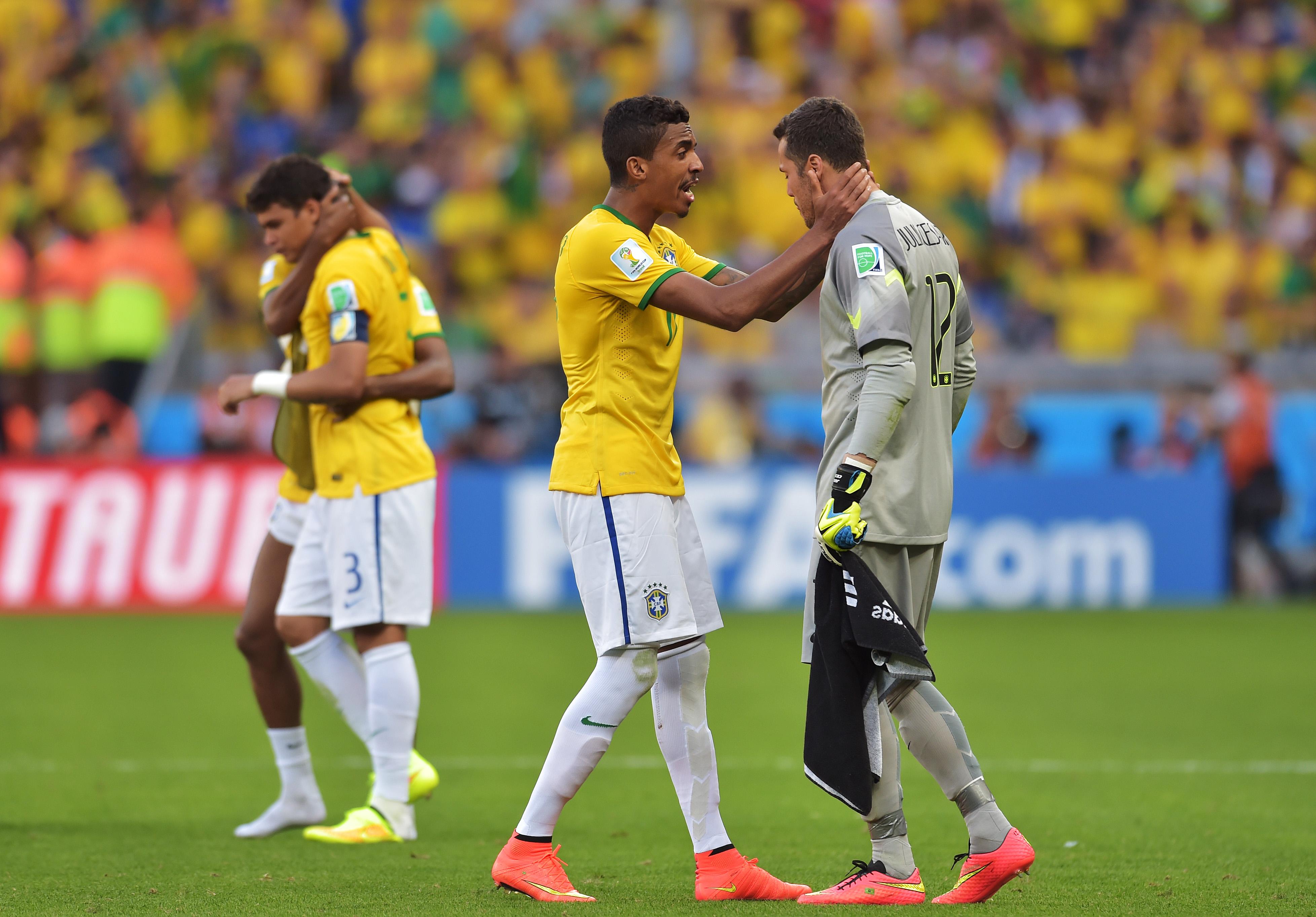 491933463CH00069_Brazil_v_C