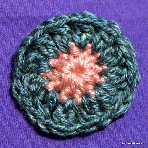 Stitchopedia-Motifs-Six-Petal-Flower-Round-2