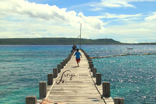 Pemandangan di Dermaga Pulau Liukang, Tanjung Bira