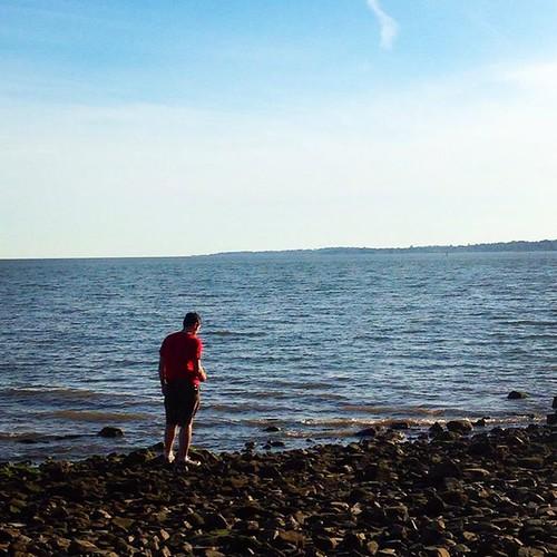 beachchris, silhouette, beach, rocky beach, shoreline, ocean, seashore