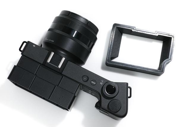 20140804_04_SIGMA dp Quattro用のびる液晶シェード