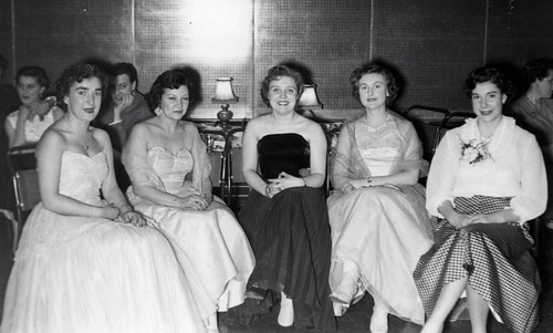 Ladies at the dinner dance 50s