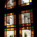 11 - Longpont Depuis l'église Vue sur les ruines de l'abbaye à travers un vitrail ©melina1965