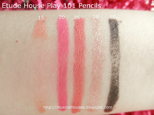 Etude House Play 101 Pencils Rub Test