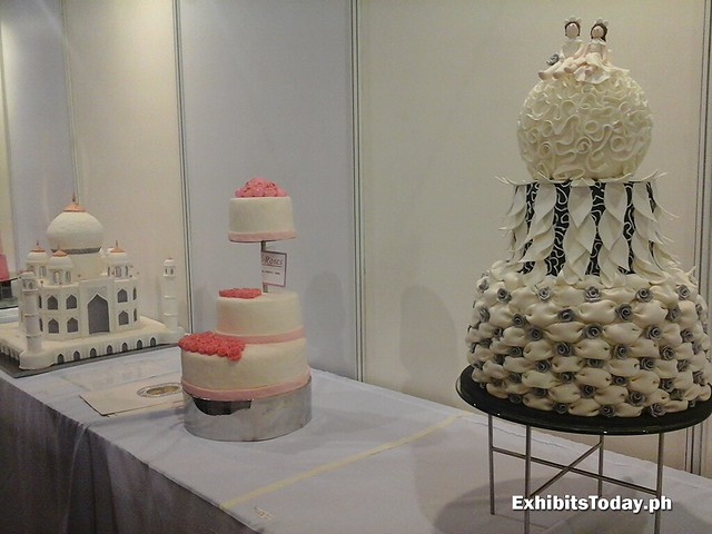 Display Cakes (left side)