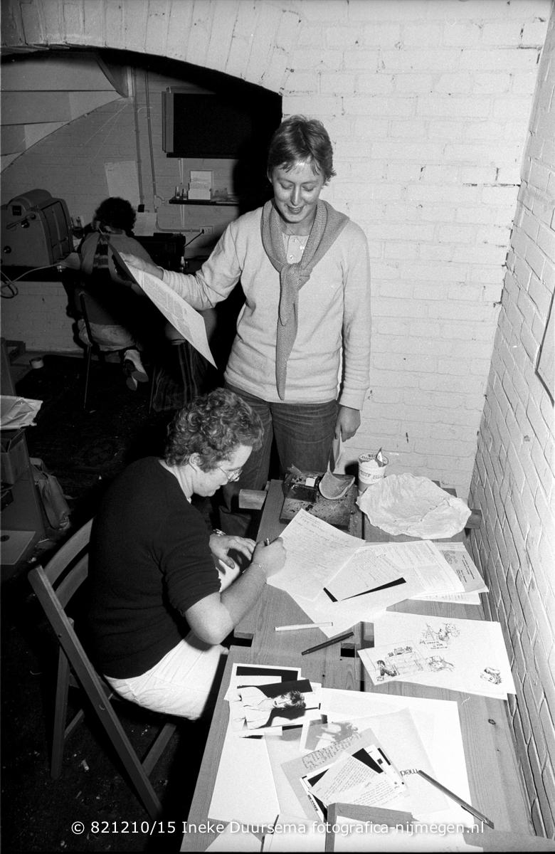 december 1982, Vrouwentongen lay-out in de kelder van De Feeks, Twanny Kemps en Ada Bontje