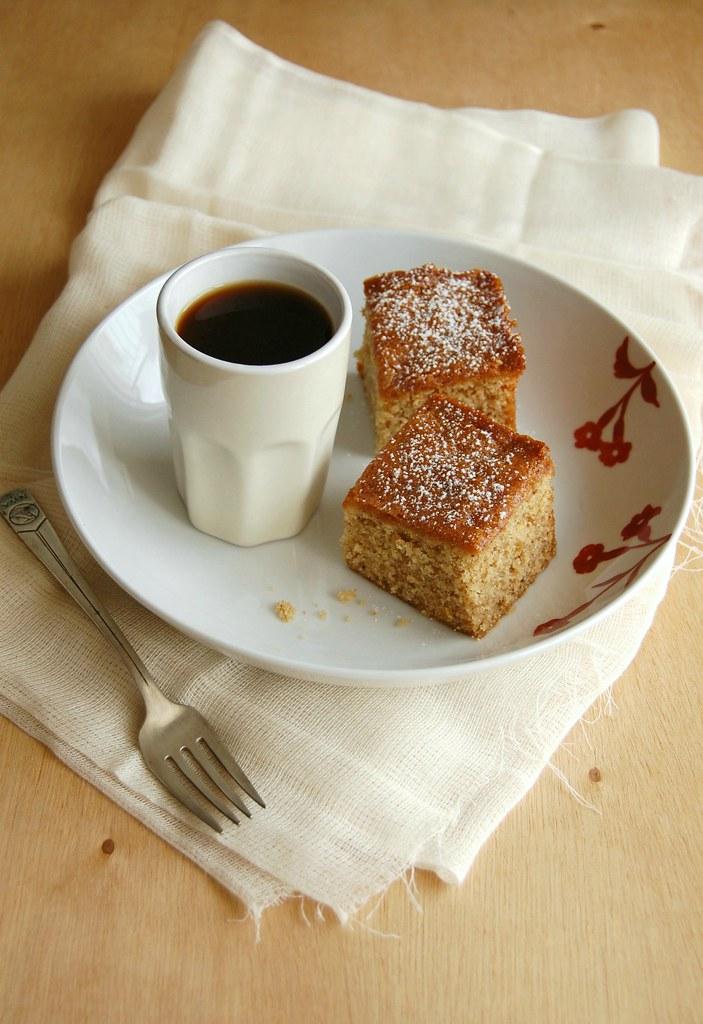 Apricot jam cake / Bolo de geleia de damasco