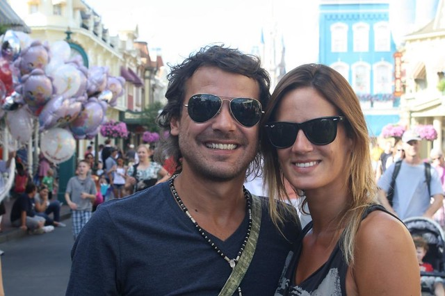 Pedro Alfonso junto a Paula Chaves