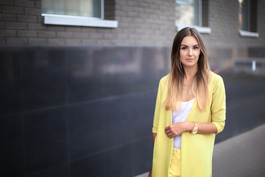 lime-yellow-street-style-how-to-wear-outfit-ideas