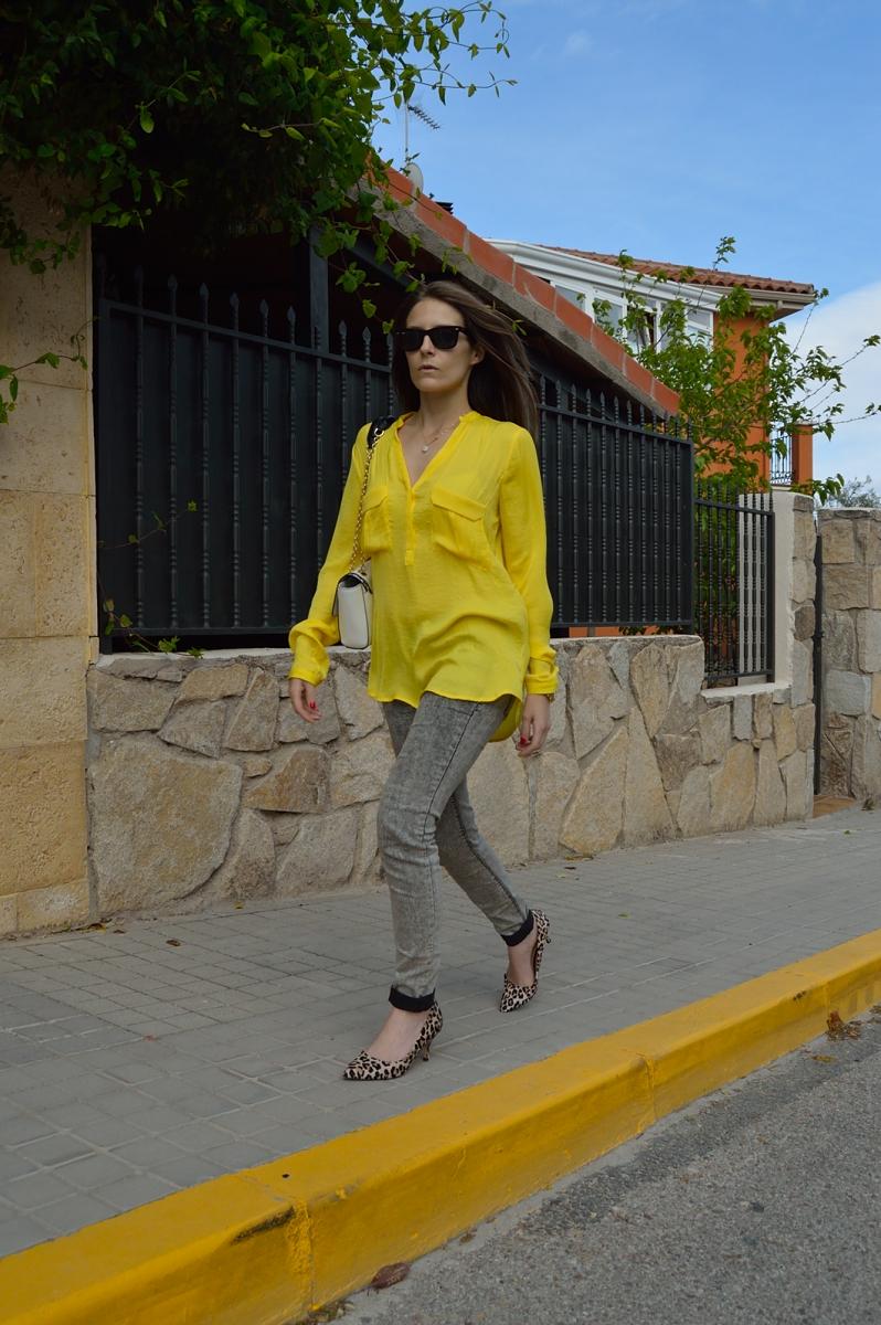 lara-vazquez-madlula-blog-shirt-spring-look