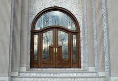 MANSION_DOOR_CHICAGO