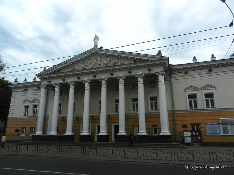 Здание театра Винницы