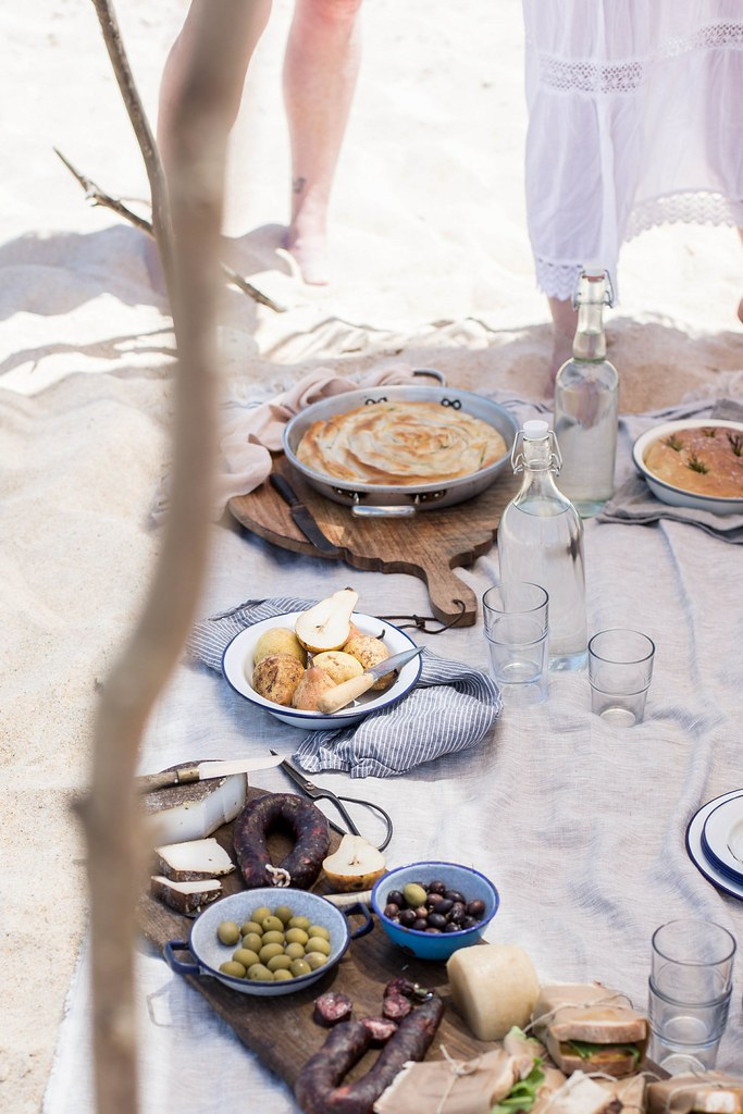 Local Milk x Little Upside Down Cake Portugal Styling & Photography Workshop, Beach Picnic