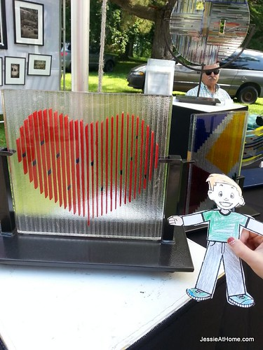 Flat-Stanley-by-the-glass-heart