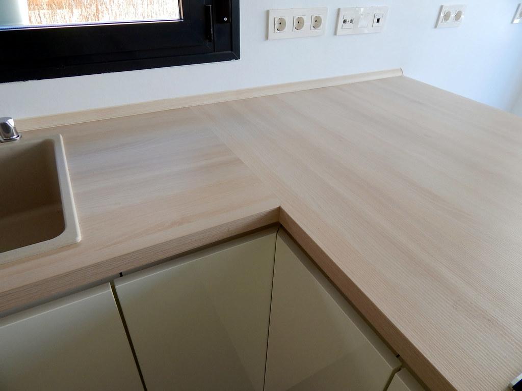 Muebles de cocina blanco alto brillo - Remates encimeras cocinas ...