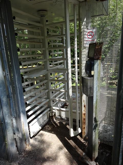 075 - Secret Entrance