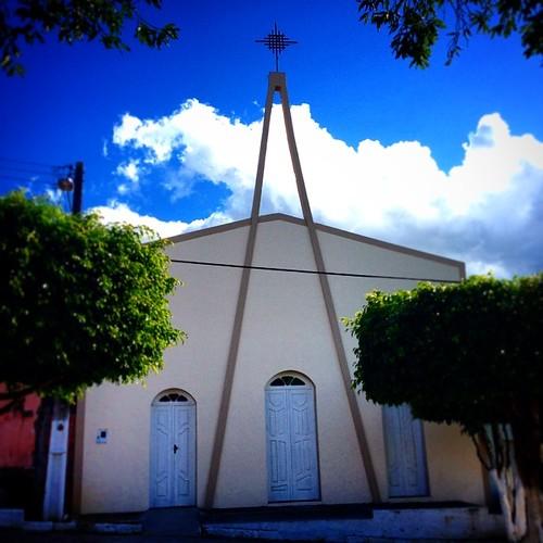 Igreja #igreja #church #santuário #mesquita #templo #cruz #fé #caminhosdafé #cristã #capela #católico #cruz #azul #Apuarema #bahia #brasil