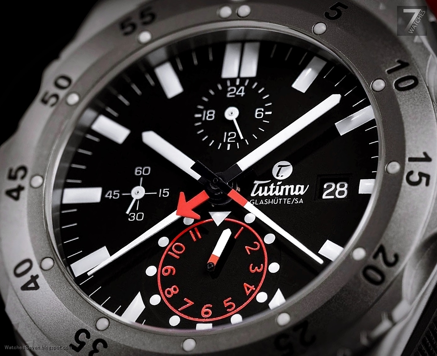 watches 7 tutima m2 pioneer titanium chronograph. Black Bedroom Furniture Sets. Home Design Ideas