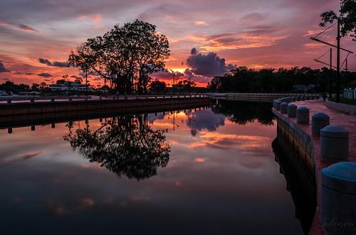 sunset reflection river landscape malaysia slowshutter melaka malacca autofocus sungaimelaka