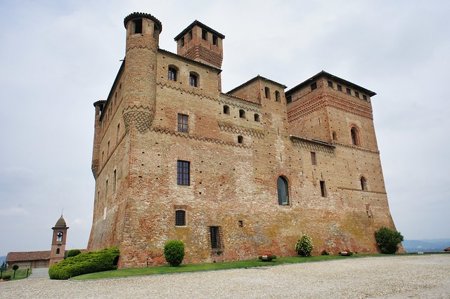 castello-grinzane-cavour-langhe-italy-cr-brian-dore
