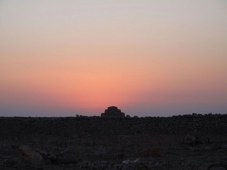reharq_Societat Històrico Arqueològica Martí i Bella_visita_Punta Nati_atardecer_fotografía_faro