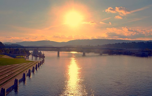 sky sun white reflection chattanooga water beautiful clouds golden flickr tn tennessee gray shore rays sparkling tennesseeriver artdistrict
