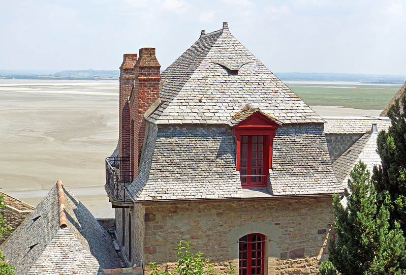 France-000897 - Great Roof