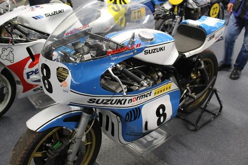 Suzuki Ex Tepi Lansivouri